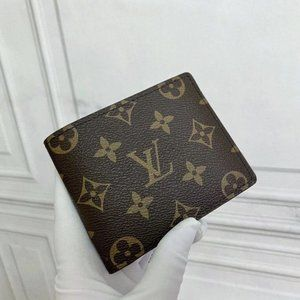 NWT Mens PF Multiple Wallet Monogram
